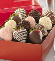 Fannie May Love & Romance Chocolate Strawberries