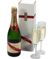 Mumms Champagne